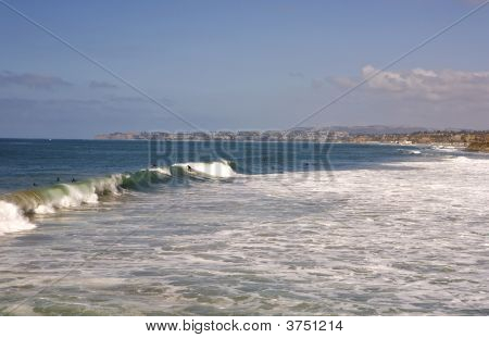 San Clemente Waves With Dana Point In The Background