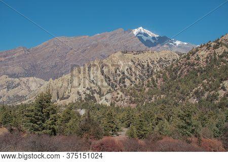 Mountains Trekking Annapurna Circuit, Marshyangdi River Valley, Humde, Himalaya, Nepal, Asia