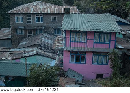 Colorful Jagat Mountain Village In Marshyangdi River Valley, Annapurna Circuit, Nepal