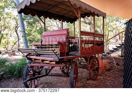 Undara Volcanic National Park, Queensland, Australia - June 2020: An Old Horse Drawn Buggy On Displa