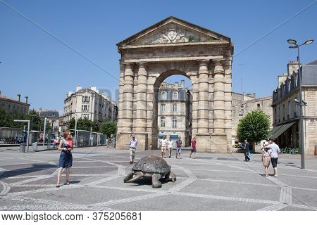 Bordeaux , Aquitaine / France - 11 19 2019 : Bronze Sculptures Of Giant Tortoise In Place De La Vict