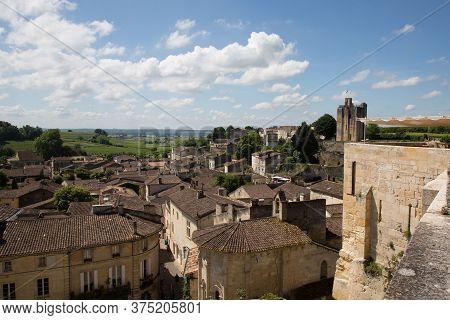 Saint Emilion, Bordeaux / France - 06 19  2018 : Wine Routes Vineyard Of Saint-emilion Unesco Town O