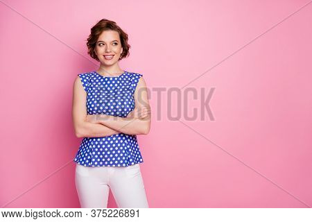 Portrait Of Her She Nice-looking Attractive Lovely Pretty Cute Content Cheerful Cheery Brown-haired