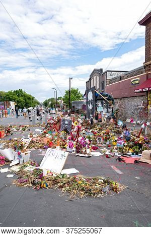 Mpls, Mn/usa - June 21, 2020: Street Intersection In Neighborhood And Site Of George Floyd Arrest An