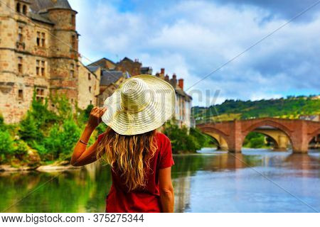 woman tourist in France, Espalion in Aveyron
