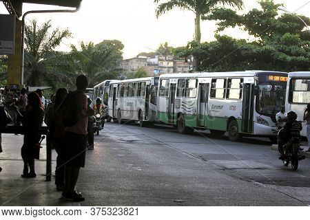 Salvador, Bahia / Brazil - May 26, 2014: Queue Of Buses Stopped Near The Entrance Of Piraja Station