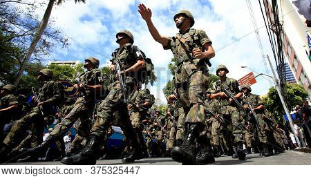 Salvador, Bahia / Brazil - September 7, 2016: Military Of Brazilian Air Force Are Seen During Civic-