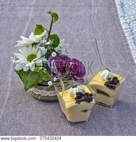 Flowers And Pudding