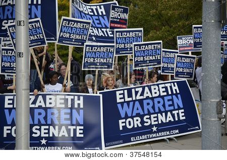 October 1 ,2012 Elizabeth Warren and Scott Brown Debate