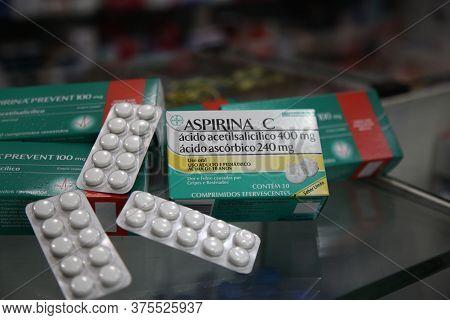 Salvador, Bahia / Brazil - September 22, 2017: Aspirin Tablet Are Seen In Pharmacy Of Salvador City.