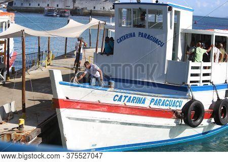 Salvador, Bahia / Brazil - August 22, 2018: Speedboat Used To Transport People To Cross The Baia De