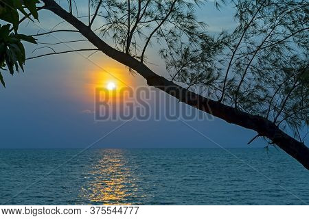The Evening And Twilight At Koh Chang Thailand. Koh Chang Is Located In The Eastern Gulf Of Thailand