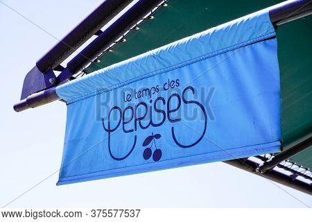 Bordeaux , Aquitaine / France - 07 07 2020 : Le Temps Des Cerises Logo Store Signage Of French Cloth