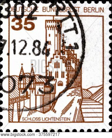 02 08 2020 Divnoe Stavropol Territory Russia The Postage Stamp Germany West Berlin 1982 Castles And