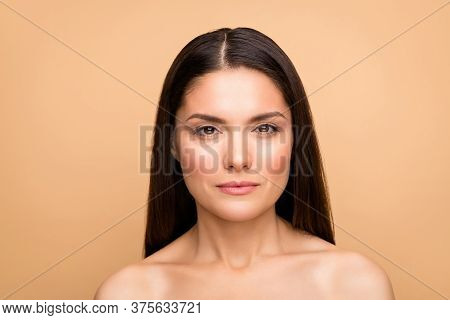Close-up Portrait Of Her She Nice-looking Confident Attractive Lovely Woman With Pure Silky Shine Pe