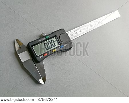 Digital Caliper With Display Set To Measure In Millimeters, Image