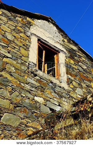 Detail of an house at a portuguese schist village