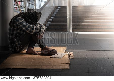 Beggars, Homeless People Sitting On The Floor Get Close To Ban, Ask For A Fraction Of Money From Peo