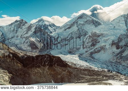 Beautifull Khumbu Glacier Mountains Landscape At The Everest Base Camp Trek In The Himalaya, Nepal.