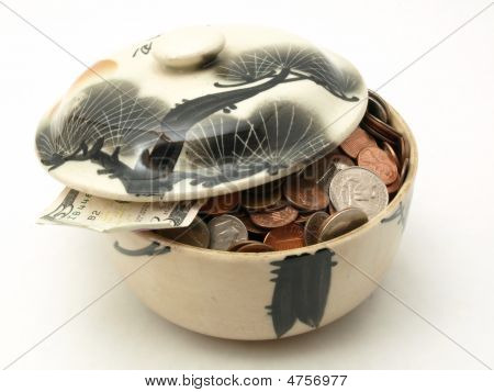 Covered Change Bowl