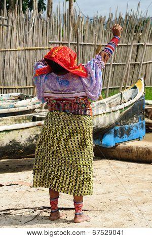 Panama, Traditional Kuna People