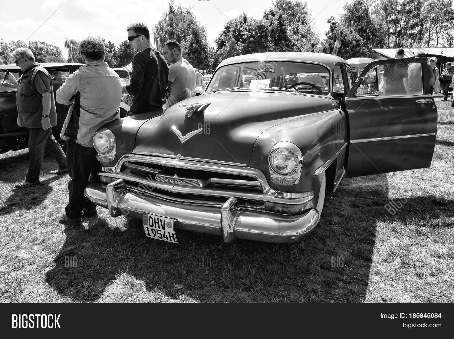 Paaren Im Glien Image Photo Free Trial Bigstock 1954 Chrysler New Yorker Germany May 19 Car