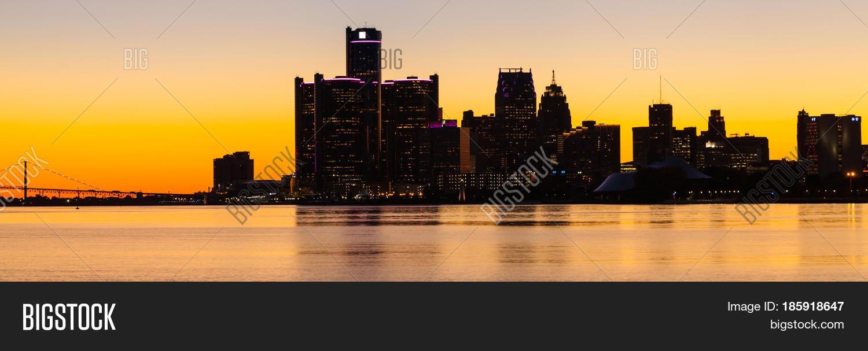 Sunset Detroit River  Image & Photo (Free Trial) | Bigstock