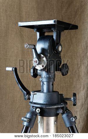 Photographic equipment. Iron big powerful American tripod.