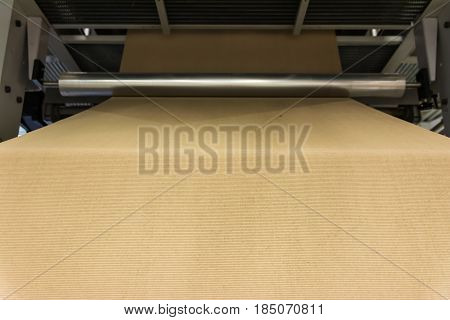 Cardboard Manufacturing Layering Rollers Roll Industrial Industry Printing Packaging Material Closeu