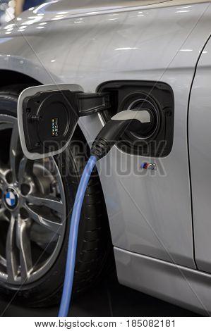 Recharging Of Hybrid Bmw Car
