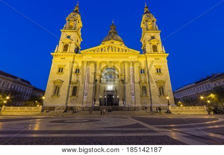 Night view of St. Stephen's Basilica, a Roman Catholic basilica in Budapest, Hungary. It is named in honour of Stephen, the first King of Hungary.