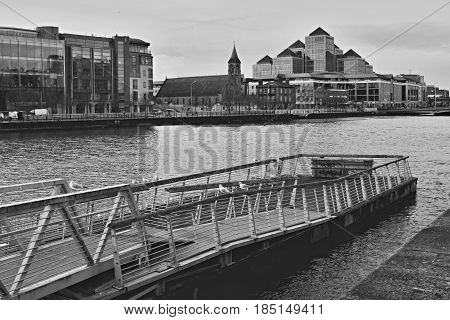 Ireland, Dublin, river Liffey, black and white photo