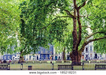 Berkeley Square Gardens In Central London In Mayfair