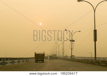 Second Hoogly Bridge also called Vidyasagar Setu connects Kolkata and Howrah - two major cities of West Bengal. It is the longest cable-stayed bridge in India. Shot at winter dawn.