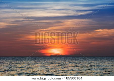 beautiful sunset over the tranquil sea
