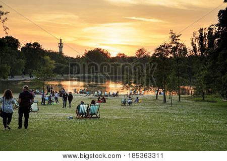 LONDON, GREAT BRITAIN - MAY 17, 2014: This is a spring sunset at Boating Lake in Regent's Park.