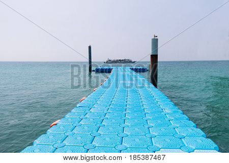 Blue Plastic Modular Floating Dock on the Sea in Pattaya, Thailand
