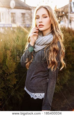 Gorgeous Fashionable Young Blonde Girl Street Portrait