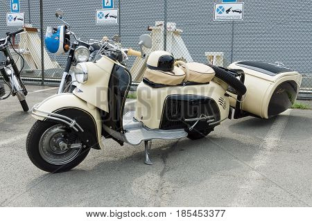 Berlin - May 11: Motor Scooter Sr 59 Berlin With Iwl-stoye Campi Trailer, 26Th Oldtimer-tage Berlin-