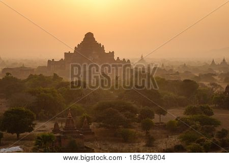Ancient Buddhist Temples In Bagan, Myanmar