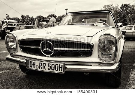 Berlin - May 11: A Sports Car, A Two-door Coupe Mercedes-benz W113, 280Sl (sepia), 26Th Oldtimer-tag