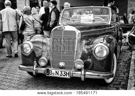 Berlin - May 11: Full-size Luxury Car Mercedes-benz 220