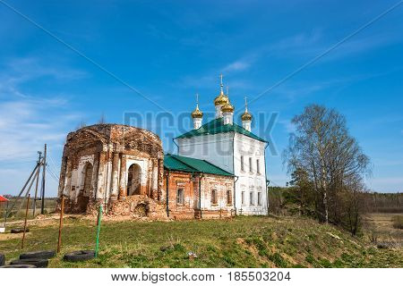 The Restoration Of The Church Of The Resurrection In The Village Stromihino Ivanovo Region, Russia.