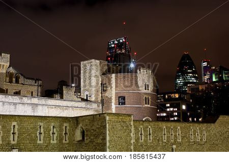 30 St Mary Axe And Tower Of London