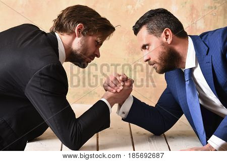 Opposition Of Businessmen, Arm Wrestling And Power, Business Situation