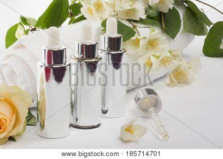 Serum Dropper. Natural Anti Age Oil Treatment.