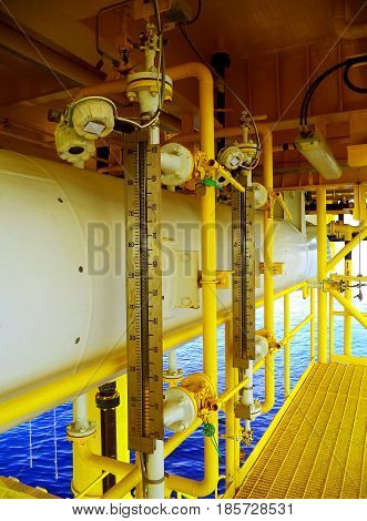 level transmiter install on closed drain sum tank.Offshore wellhead platform.