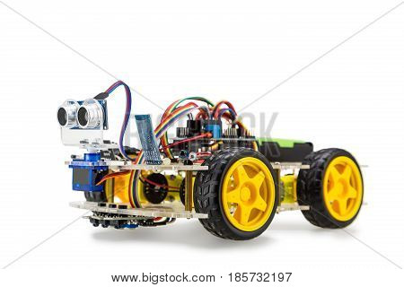 Four Wheels Drive Robotic Car
