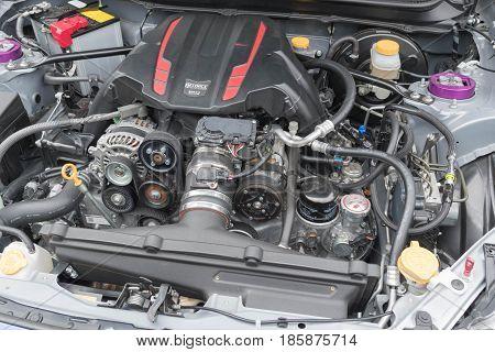 Jeep Grand Cherokee Engine On Display