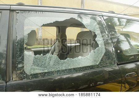 broken rear glass in the car, accident risk and theft damage.